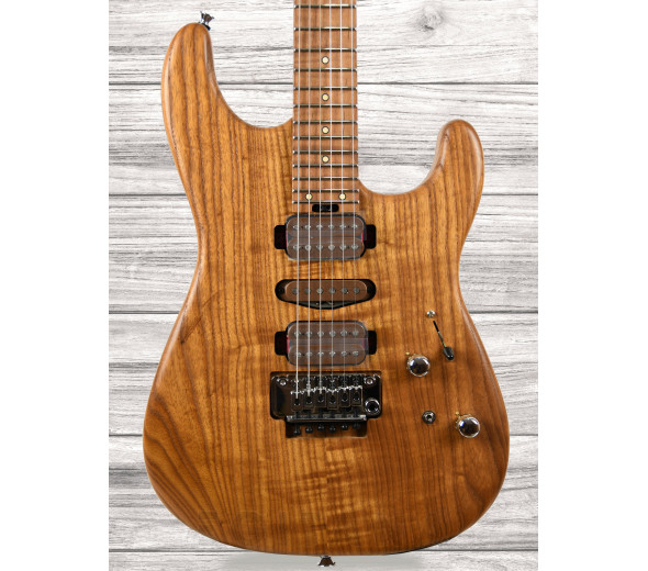 Guitarras formato ST Charvel Guthrie Govan HSH Cooked Ash