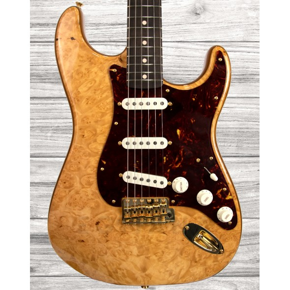 Guitarras formato ST Fender Custom Shop Artisan Maple Burl Stratocaster Aged Natural
