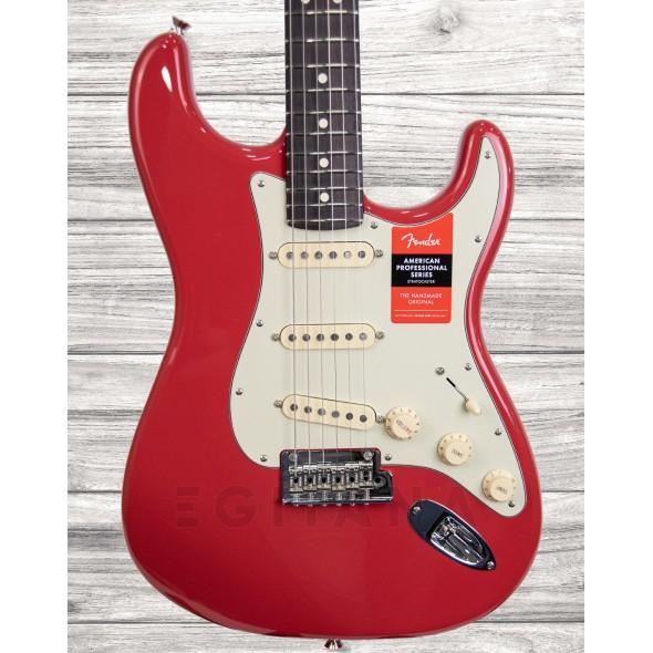 Guitarras formato ST Fender Lt. Ed. American Pro Stratocaster RW Fiesta Red