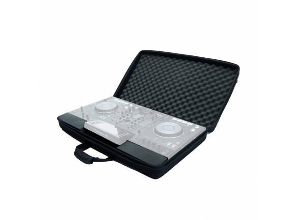 Magma CTRL Case XDJ-RX/RX2   Compatível com XDJ-RX/RX2  Espuma EVA Durashock leve e flexível e exterior de polyester resistente  Incl. kit de esponjas que se destina a modelos menores e à proteção dos botões de controlo do equipamento