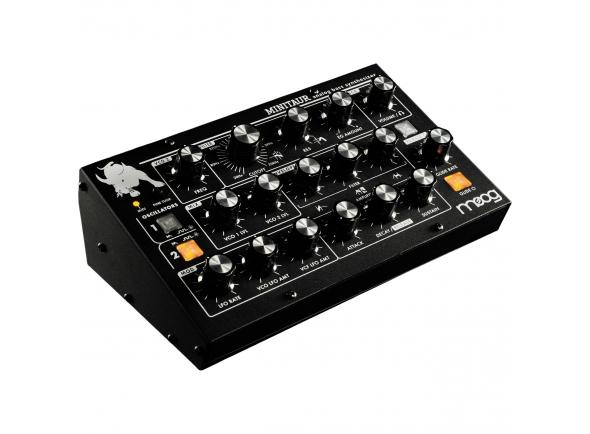 """Moog Minitaur   Moog Minitaur  SOUND ENGINE: analógico  PRESETS: 128 Presets  POLÍFONO: monofônico (pode ser poliquedado)  RESPOSTA DO CONTROLADOR EXTERNO: Teclado, pitch bend, mod wheel, after pressure e Velocidade  SOURCES DE SOM: 2 osciladores de onda com formas de onda quadradas e segadas  VCO 2 FREQ: +/- 12 Semitons  HARD SYNC: On / Off  GAMA DE CALIBRAÇO OSCILLATOR: 22Hz-6.8KHz. Faixa de nota em 8 '= 0 - 72  GLIDE: Selecione LCR, LCT, EXP - Legato On / Off  FILTRO: 20Hz-20KHz Moog Ladder Filter  FONTES DE MODULAÇÃO: LFO (Triange, Square, Saw, Ramp, Sample & Hold), Filter Envelope  DESTINOS DE MODULAÇÃO: Pitch Oscilador, Oscilador 2 Pitch Only, Filtro Cutoff  CARACTERÍSTICAS DO PAINEL DE LFO: controle de taxa, quantidade de VFO LFO e quantidade de LFO VCF  ENVELOPES: 2x Envelopes ADSR com Legato Ativado, Legato Off e EG Reset  ENTRADA DE ÁUDIO EXTERNO: 1/4 """"TS  SAÍDA DE ÁUDIO: 1/4 """"TS, 1/8"""" TRS Headphone com controle de volume  E/S MIDI: DIN IN e MIDI I / O via USB  ENTRADAS DE CV / GATE ASSIGNÁVEIS: Filtro CV (Destino Fixo), Pitch CV (Padrão), Volume CV (Padrão), KB Gate (Padrão)  CONVERSO DO CV PARA MIDI: Sim  ALIMENTAÇO DE ALIMENTAÇO INCLUÍDA: 100-250VAC, 50-60Hz, + 12VDC  PESO: 2,5 libras (1,2 kg)  DIMENSÕES: 3.1 """"H x 8.75"""" W x 5.1 """"D"""