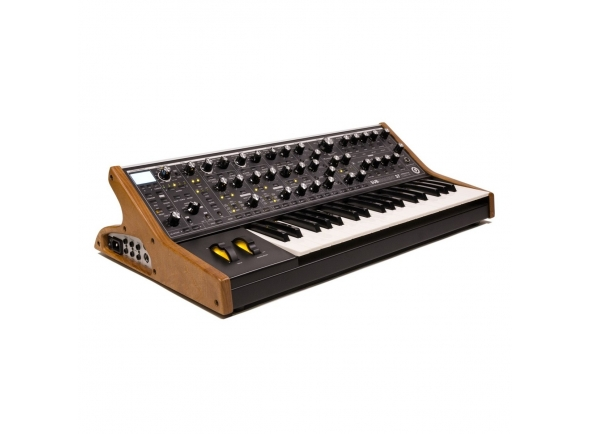 Sintetizadores e Samplers Moog Subsequent 37