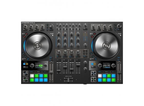 Native Instruments Traktor S4 MK3 B-Stock   UM NOVO CLÁSSICO Durante anos, o KONTROL S4 trouxe a herança de clube do TRAKTOR onde quer que os DJs queiram. A última geração vai um passo além, combinando um fluxo de trabalho testado e comprovado com maneiras novas e inovadoras de mixar em quatro decks - Jogs Haptic Drive ™, Mixer FX e muito mais para aproximar ainda mais a multidão e sua música. HAPTIC DRIVE ™: A JOG RODA REINVENTADA O Haptic Drive ™ oferece um novo tipo de feedback em jog wheels sensíveis ao toque. Mude o torque e os tempos de início / parada para se adequar a qualquer estilo de DJ - seja você um beatmatcher descontraído ou um aficionado de backspin. Aproxime-se da sua música em três modos - Modo Tuntable, Jog Mode e Beatgrid Adjust Mode. TRÊS MODOS: MISTURAR COM MAIS Rodas de jogging giratórias no modo plataforma giratória permitem que você deslize e risque como faria com o vinil. Ou use o Jog Mode clássico para uma resposta spin-to-nudge. Como você sente loops e pontos de sinalização ao passar por eles, é possível alinhar faixas em um segundo e deixar seus dedos fazerem a mixagem. O Beatgrid Adjust Mode permite que você ajuste a beatgrid da faixa na hora, para que você esteja sempre em sincronia. ANÉIS DE LUZ DE RGB: SEU SOM, SURROUNDED Anéis de luz RGB em torno de cada jog wheel fornecem tempo rápido e responsivo e visualização de cutucada em cada deck. Os DJs que usam quatro decks podem acompanhar o código de cores do volante e os avisos de rastreamento garantem que você nunca seja surpreendido.