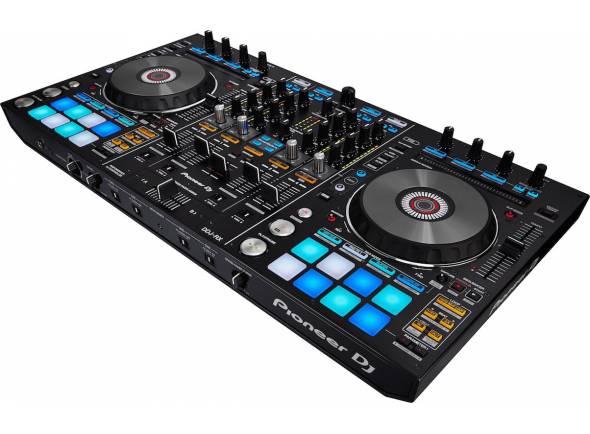 Pioneer DDJ-RX  Controlador DJ Rekordbox 4 canais. Pads multicoloridos, slip mode, duas saídas Master e uma Booth.