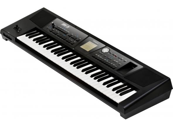Roland BK-5 B-Stock  Teclado Roland BK5 preto B-stock    61 Teclas.  128 vozes (GM2/GS/XG Lite); Sons: 1172; Sets de bateria: 60; Ritmos: 305 (6 familias).  Memórias de perfromance por lista: 999; Memórias Music Assistant: +500; Memórias Factory Song: 5; Memória exterma (USB): Ilimitada.  Song: Internal Rhythm Composer; SMF-to-Rhythm ConverterFormatos: SMF (Format 0/1), KAR, mp3, WAV, mp3+CDG;  Formato gravação: WAV (44.1 kHz, 16-bit linear)  Video: Picture slide shows  Display: LCD com resolução de 160x160  USB: 1x Ligação a computador USB  1x Entrada para memória USB  Midi: 1x Entrada MIDI; 1x Saída MIDI.   Teclado autónomo e multifunções com motor de acompanhamento automático e sistema de som incorporado Selecção alargada de sons, Assistentes Musicais e Ritmos que abrangem um vasto leque de géneros musicais (provenientes, por exemplo, da Europa de Leste, América Latina, Ásia, etc.).    Interface de utilizador gráfica de fácil utilização.    Efeitos incorporados, incluindo reverb, chorus, EQ, compressor multi-banda e dezenas de efeitos múltiplos.    Compatibilidade rítmica musical com instrumentos BK-7m/série E/ série G/série VA da Roland.    Compatível com formatos de acompanhamento (SMF, MP3, WAV e Rhythm) directamente a partir da memória USB, gravação áudio instantânea para uma memória USB.    Detecção de acordes automática a partir de ficheiros SMF.    Saída de vídeo para partilhar letras SMF/MP3 com amigos ou com o público num ecrã externo.