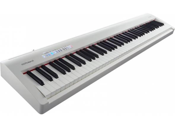 Roland FP-30 WH    Roland FP-30 WH    Timbre profundo e com resposta eficiente a partir do motor de som de piano afamado SuperNATURAL da Roland.    Teclado Standard PHA-4 de 88 notas que oferece um autêntico toque de piano para o máximo de expressão.    Amplificador poderoso e colunas stereo que apresentam um som impressionante.    Saída para auscultadores e ação de teclado silenciosa que te permitirá tocar a qualquer hora e em qualquer lugar sem perturbar ninguém.    Corpo compacto e leve para ser mais fácil de transportar dentro de casa, para o estúdio ou para a sala de aulas.    Conectividade integrada de tecnologia sem fios Bluetooth para se utilizar o piano com as apps de música disponíveis para o smartphone ou tablet, tais como GarageBand, piaScore, Sheet Music Direct e muitas outras.    Enriquece a tua experiência musical com modos dual/split e uma grande variedade de sons sem ser de piano, tais como o de órgão, cordas, vozes, percussão e mais.    Modo de Twin Piano ideal para lições de piano, uma vez que permite ao aluno e ao professor tocarem lado a lado na mesma gama de oitavas.    Liga um dispositivo de memória USB ao teu instrumento para gravar músicas que guardaste com a gravação integrada SMF e tocar juntamente com as tuas canções preferidas em formatos WAV e SMF.    Suporte e unidade tripla de pedal opcional a combinar com o teu instrumento, para lhe dar aquele aspeto de piano clássico e funcionalidades mais sofisticadas, incluindo a capacidade de mudar as páginas sem mãos, com algumas pautas de aplicações musicais.
